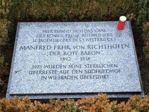Invalidenfriedhof in Berlin: Gedenkstein für Manfred von Richthofen