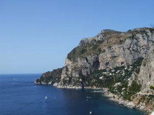 Der Alterssitz von Kaiser Tiberius war auf Capri mit seinen steilen Klippen.