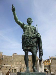 Statue des jungen Kaiser Augustus in Rom