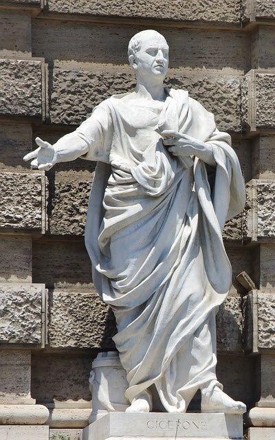 Statue von Marcus Tullius Cicero