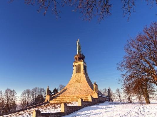 Friedensdenkmal auf der Pratzener Höhe in Erinnerung an die Schlacht von Austerlitz