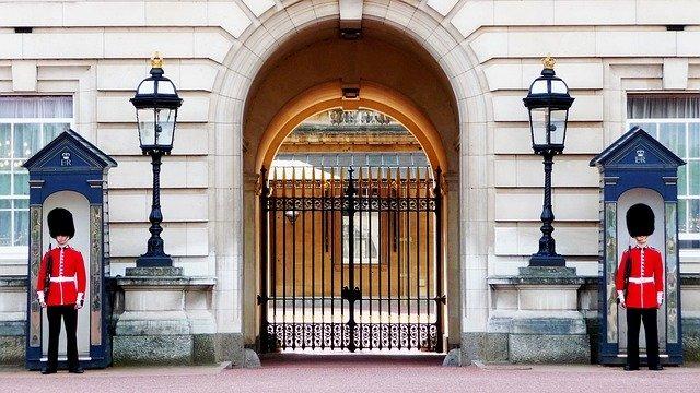 Eingang des Buckingham Palace
