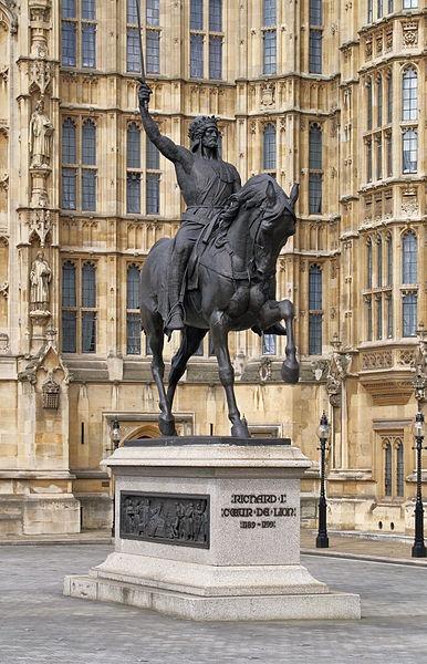 Richard I. Löwenherz Statue
