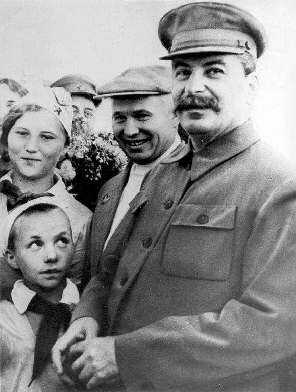 Foto von Chruschtschow und Stalin